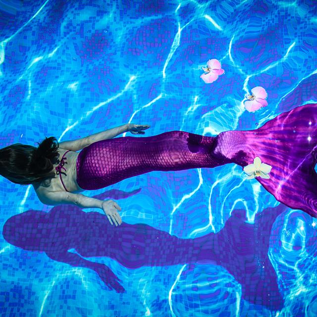 Mermaid Schwimmen in der Friesentherme Emden
