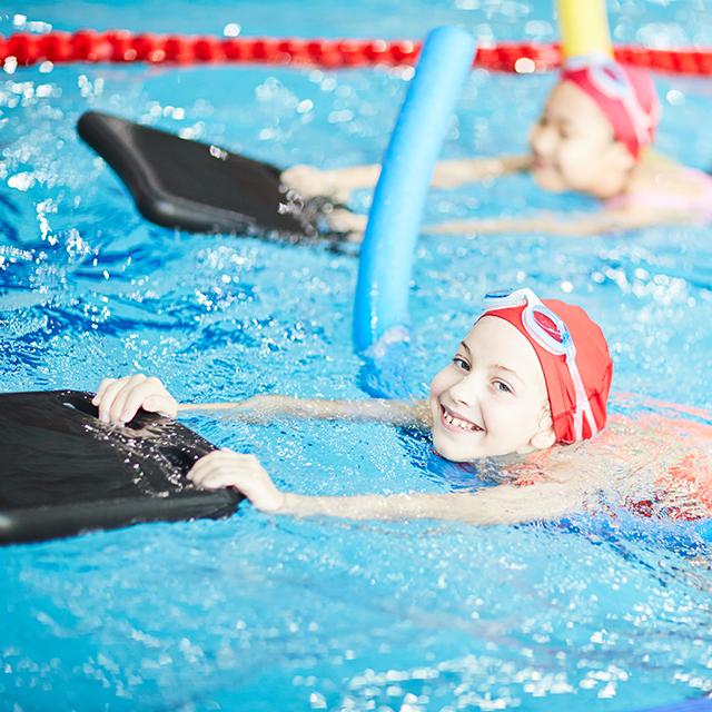 Schwimmkurse in der Friesentherme Emden