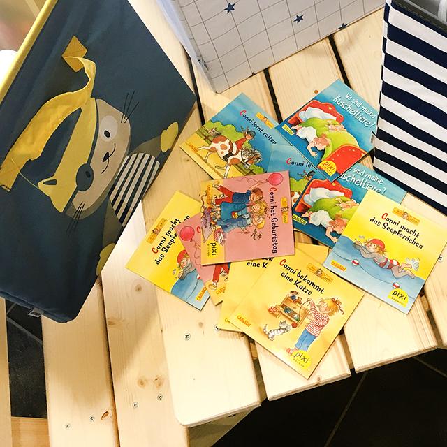 Büchertausch in der Friesentherme Emden