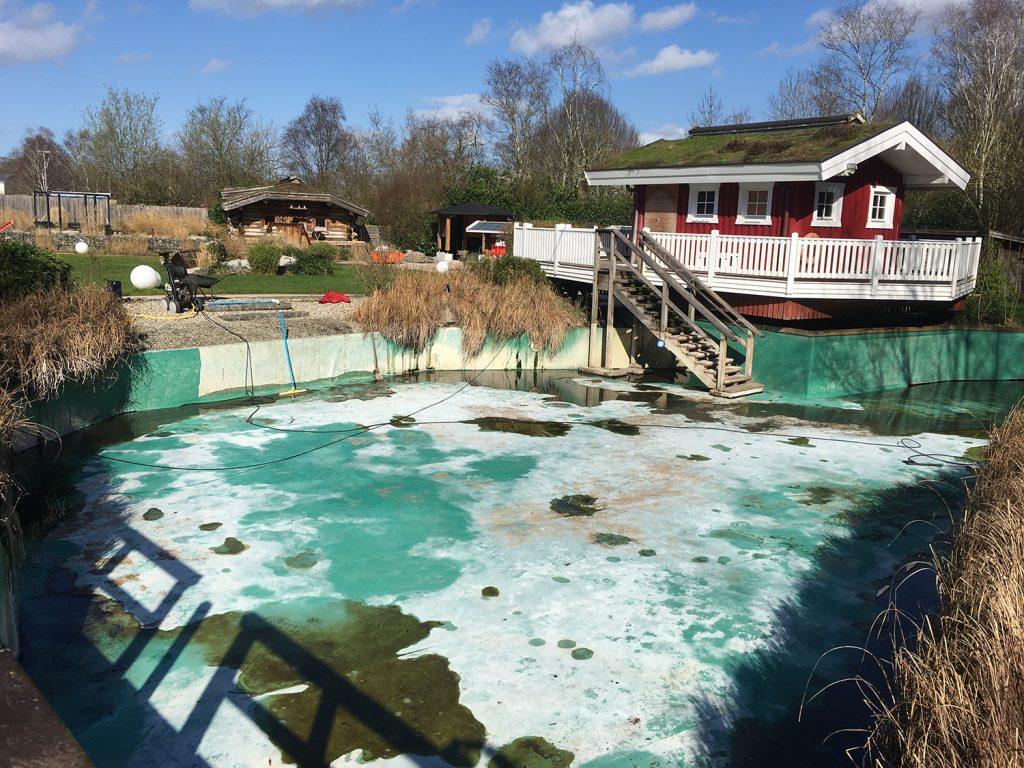 Im Naturbadeteich wurde das Wasser abgelassen