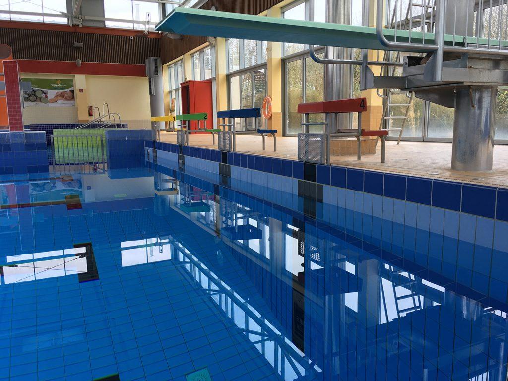 Etwa 2-3 Tage dauert es, das Wasser im Sportbecken abzupumpen